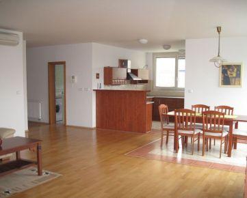 Na krátkodobý prenájom  3 izbový klimatizovaný byt s veľkou loggiou, garážové státie, Ruživov, novostavba ROZADOL