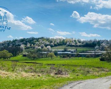 Na prenájom-bývalý poľnohospodársky objekt v obci Polichno s rozlohou 32582 m2