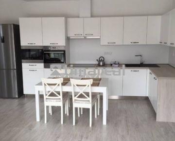 TIMA Real - Prenájom moderného 2i bytu, Trnava centrum