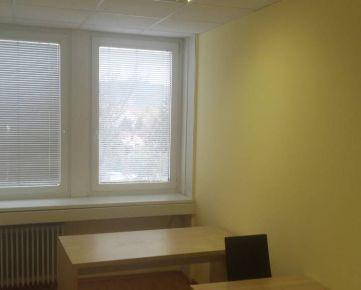 Prenájom kancelárie 23 m2 pri POLUS-e na Pluhovej ul.