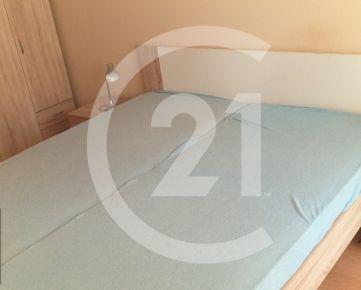 Prenájom 3 izbového bytu, samostatne po izbách  Nitra, Zvolenská ulica