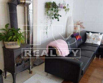 Na predaj priestranný 3-izbový byt /108m2/ v centre Tvrdšína. CENA: 120 000,00 EUR