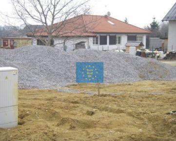 Posledné 4 stavebné pozemky Košice II - Šaca s inž.sieťami a prípojkami, schválený územný plán na IBV, tiché kľudné bývanie
