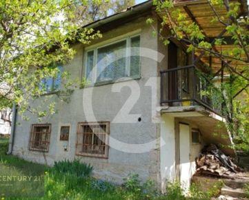 CENTURY 21 Realitné Centrum ponúka -Murovaná záhradná chata pri sídl. KVP