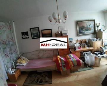 predaj 4-izbový tehlový byt Sídlisko