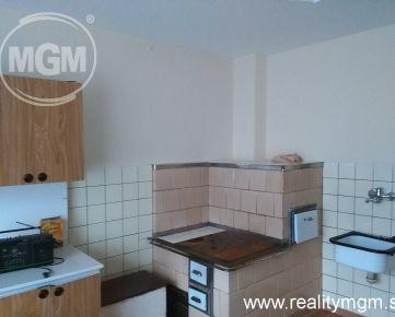 Dom 3+1, Belá, 1335 m2, Cena: Info v RK
