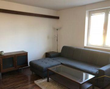 Prenájom 1,5 izbový byt, Konventná ulica, Bratislava I. Staré Mesto