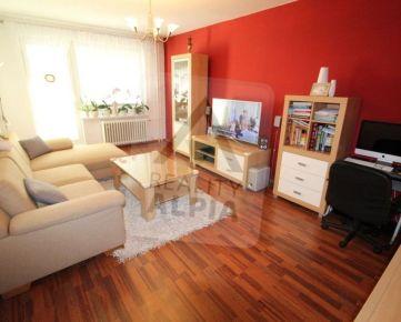 Veľký, slnečný, kompletne rekonštruovaný 3 izb. byt na predaj, Bystrická cesta, Ružomberok