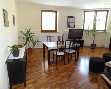 Prenájom 3 izbový byt, Nitra, Farská ul.