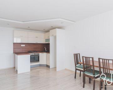 2,5 izbový byt na Šándorovej ulici v zelenom Ružinove