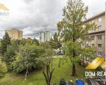 DOM-REALÍT a tehlový 2izbový byt na Miletičovej ul.