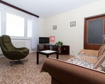 HERRYS na prenájom 3 izbový zariadený byt s loggiou v Petržalke na 8. poschodí