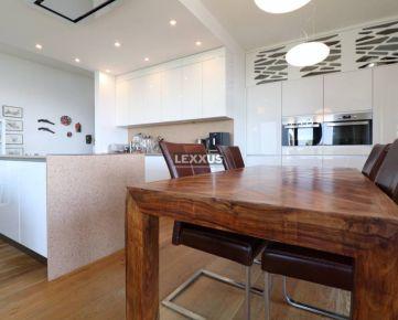 LEXXUS-PREDAJ Nadštandardný 4-izbový byt s terasou - Parkville Koliba