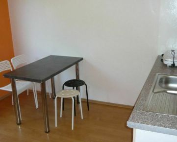 Predaj 1-izbového bytu,Banská Bystrica, Príboj