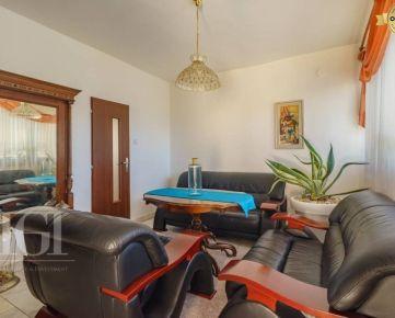 Prenájom - Nadštandardný 4-izbový byt v RD na Zobore