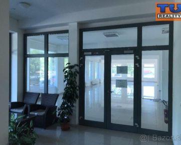 Prenájom obchodného priestoru v Banskej Bystrici v časti Medený Hámor, 255 m2. CENA: 1 550,00 EUR/