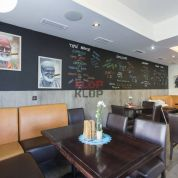 Reštaurácia 99m2, novostavba