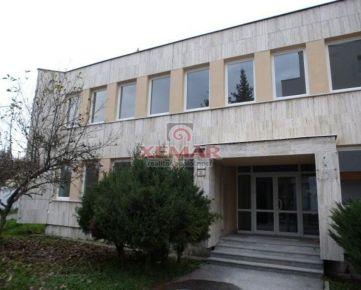 Na predaj novozrekonštr. administr. budova v centre Banskej Bystrice