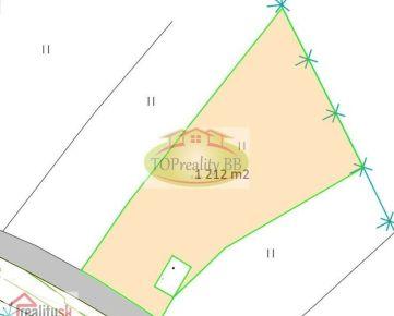 Stavebný pozemok  o rozlohe od 1 212 m2, 13 km od B. Bystrice - možnosť výstavby RD – cena 44 000 €