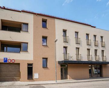 CASMAR RK -  3 izb. byt  v NOVOSTAVBE centrum mesta
