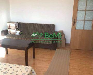 2-izbový byt prerobený na 3-izbový, centrum - Nitra (407-112-LUB)