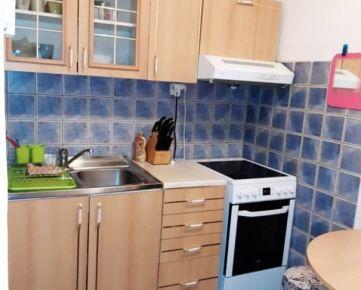 Prerobený 1-izb byt na Rovniankovej ul. v Petržalke
