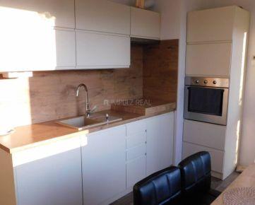 REZERVOVANE: Krásny 3 izbový byt, Prešov, Sídlisko III,  Bajkalská ul.