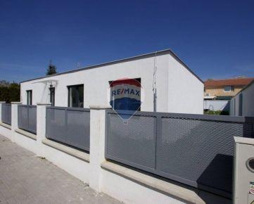 Novostavba 4 izbového rodinného domu v obci Kvetoslavov