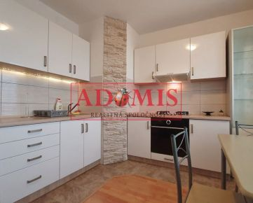 Predám 1-izbový byt, 42m2, Palariková, AUPARK, Košice, aj so zariadením.