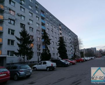 Predaj 2 izb. bytu na Rezedovej ul. po čiast. rekonštrukcii na Trávnikoch, v blízkosti Retra.