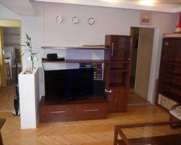**Ponúkame na prenájom 3 - izbový byt s balkónom, Švermova ul, cena vrátane E 650,-€/mesiac**