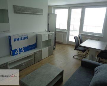K&R CARPATIA-real ** TOP PONUKA ** Nádherný - 2 i byt s veľkou terasou - 11 ,50 m2 - a  garážovým státím -  Slovenský Grob
