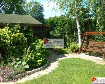 REB. sk Predaj exkluzívneho 6 izbového RD s krásnou rozľahlou záhradou