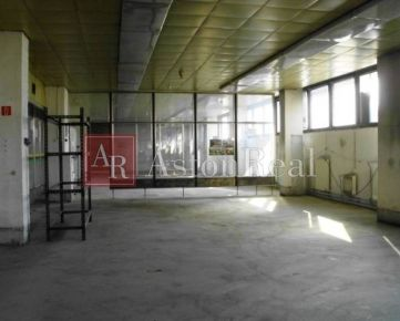 Výrobná aj skladová hala 1200  m2 Banská Bystrica