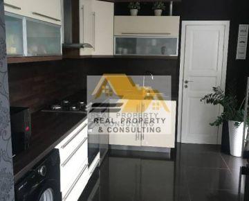Predám pekný 2 izbový byt s terasou v Šuranoch