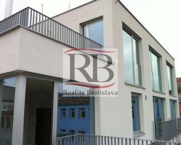 Komerčný priestor s terasou na Kozej ulici, Bratislava I