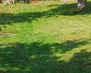 Pozemok v obci Bohdanovce, všetky IS na pozemku