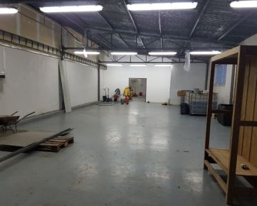 Výrobno-skladové priestory ul. Kubranská (bývalá TOS) Trenčín