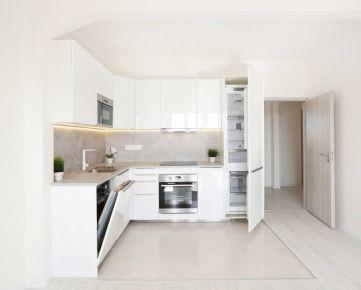 3 izbový byt Ružinov Nivy - nová luxusná rekonštrukcia