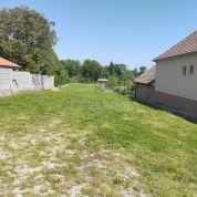 Pozemok pre rodinné domy 1296m2