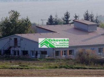 Skladový - výr. areál, Neverice, 8 km od Zl.Moraviec