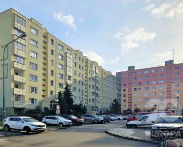 HANY MELIČKOVEJ -  3-izb. byt s loggiou, 86 m2, pekný VÝHĽAD, výborná dostupnosť, KARLOVA VES