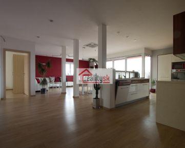 Prenajmem luxusný nízkoenergetický 5-izbový byt blízko centra s výhľadom na celý Prešov