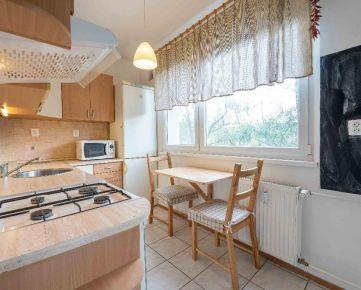 Predaj - 2 izbový byt na Estónskej ul., 3/8 p., zariadený, 52m2