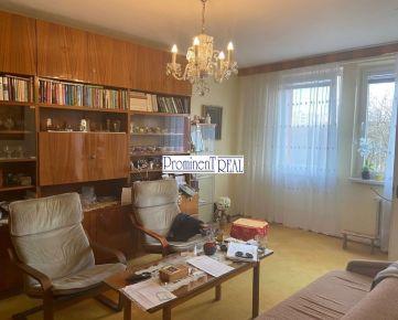 Predáme pekný 4 izb. v Ružinove na Komárnickej ulici vo vyhľadávanej lokalite neďaleko parku.