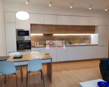 3 bedroom apartment for rent near the city center