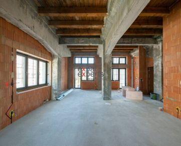 PREDANÝ 3(4)-izb loftový byt, Metodova, 127 m2, 3/6p. , 3, 9m strop