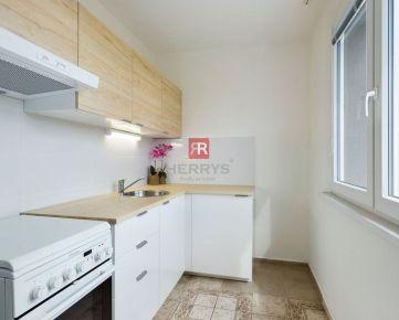 HERRYS - Na predaj veľmi dobre dispozične riešený 1 izbový byt v tichej a zelenej lokalite Dúbravky