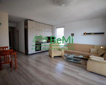 Prenájom  3 izbového bytu v centre - Nitra (049-213-NASa)