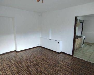 Predaj tehlový 3izbový byt, 67m2, Košice-Šaca, Námestie oceliarov